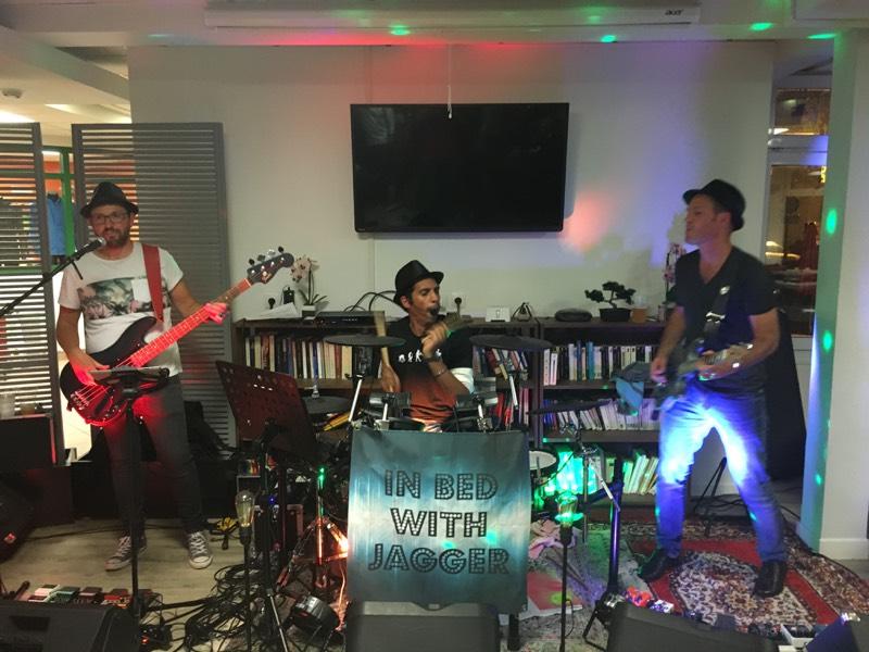 Soirée Pop rock du samedi 30 mars 2019 au Nova-Klub: au menu fondue bourguignonne!!!